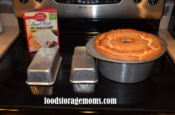How To Make A Ckean Cut On Angel Food Cake