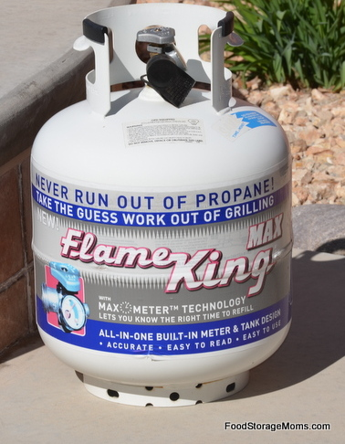 How Much Propane Should You Store For Survival? | via www.foodstoragemoms.com
