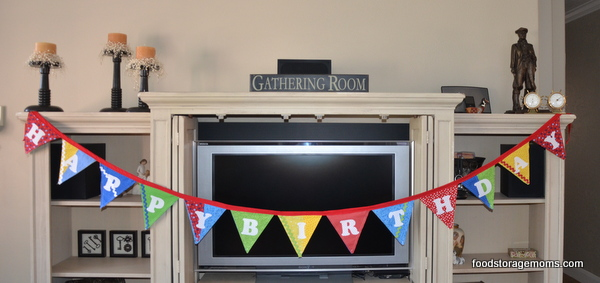 How To Make A Banner For Any Holiday Or Birthday