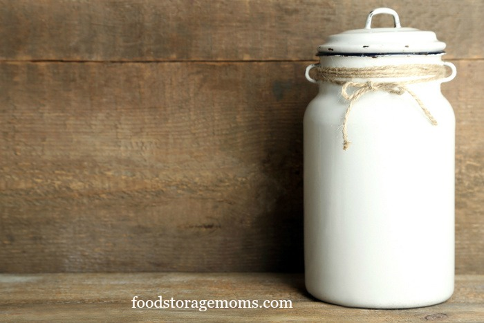 What You Need To Know About Food Storage by FoodStorageMoms.com