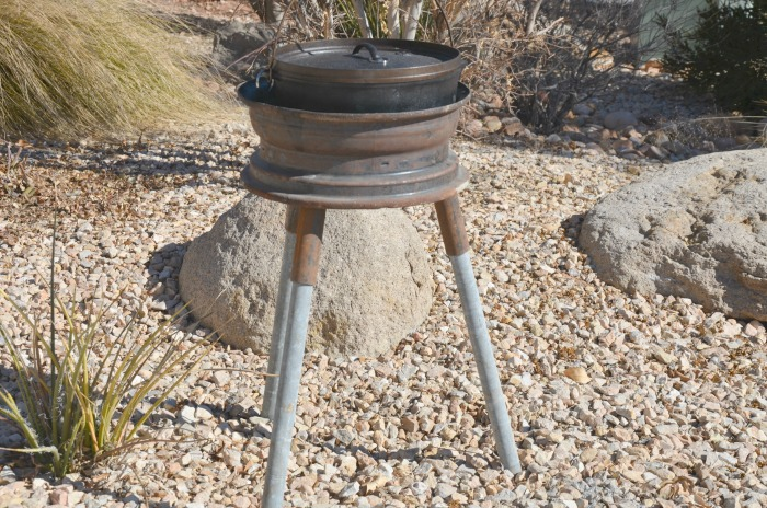 Dutch oven stand on the cheap