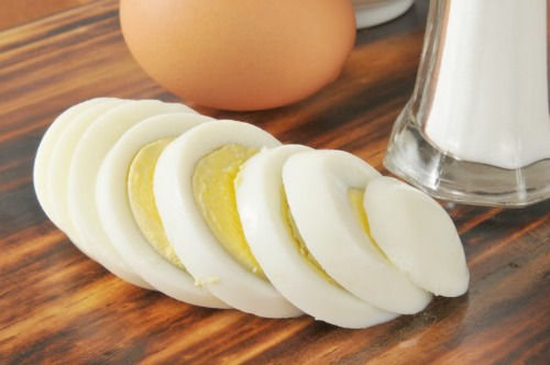 make hard boiled eggs