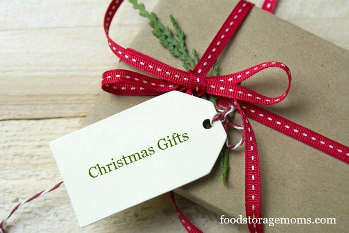 """the importance of the christmas gift of 1993 Christmas)"""" and """"when you had extra money to spend"""" the context """"when a holiday arrives"""" was subsequently replaced by """"for your birthday"""" and the importance of this and the previous contexts was corroborated (mick and demoss, 1990b 1992) mick and demoss (1990a) also observed that self-gifts."""