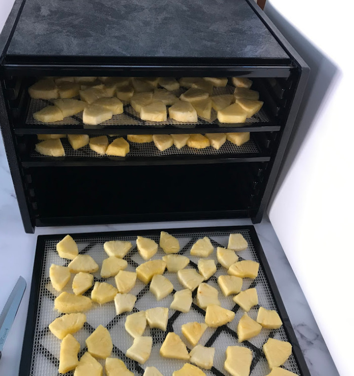 How To Dehydrate Pineapple-Healthy Snacks