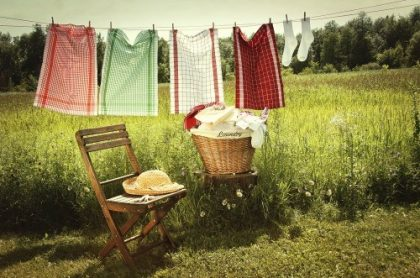 How To Have Clean Laundry When The Power Is Off