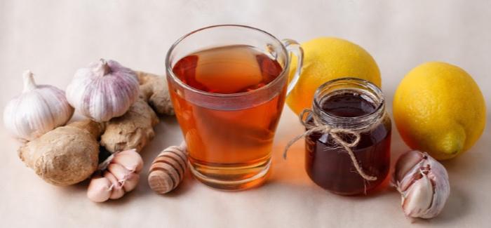 Influenza Drinks with honey and lemon