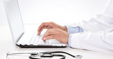 Coronavirus-Doctor sitting at a desk
