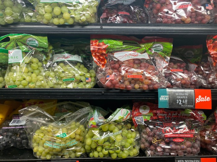 Red and Green Grapes