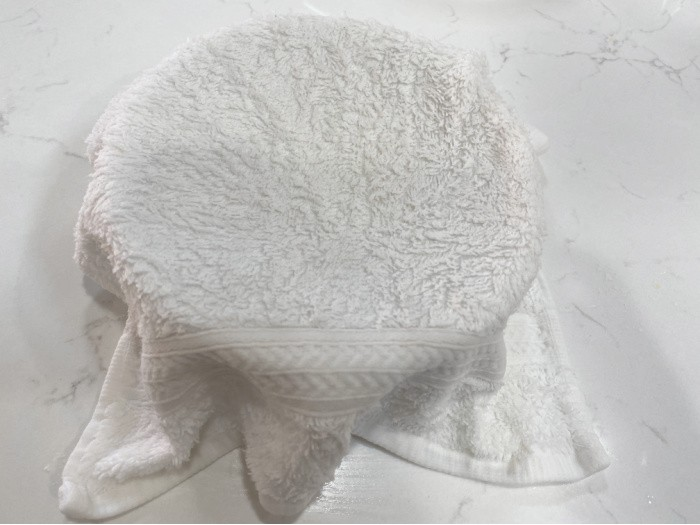 Cover the Bowl with Hot Towel