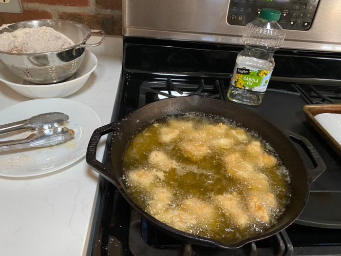 Frying Chicken Nuggets