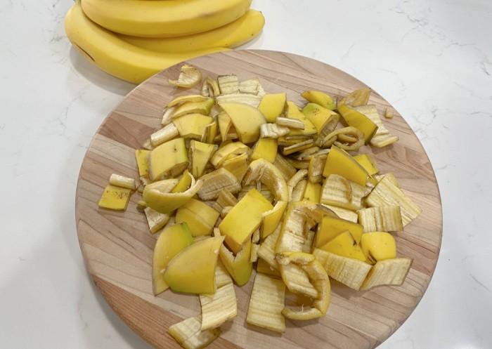 Freshly Cut Peelings
