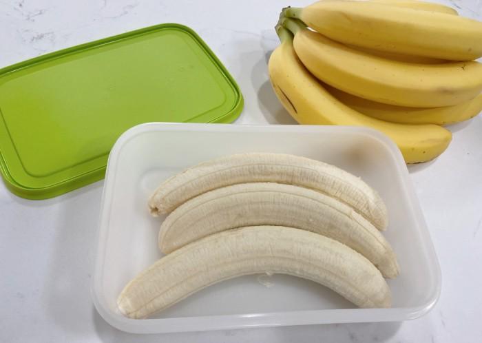 Bananas in Tupperware