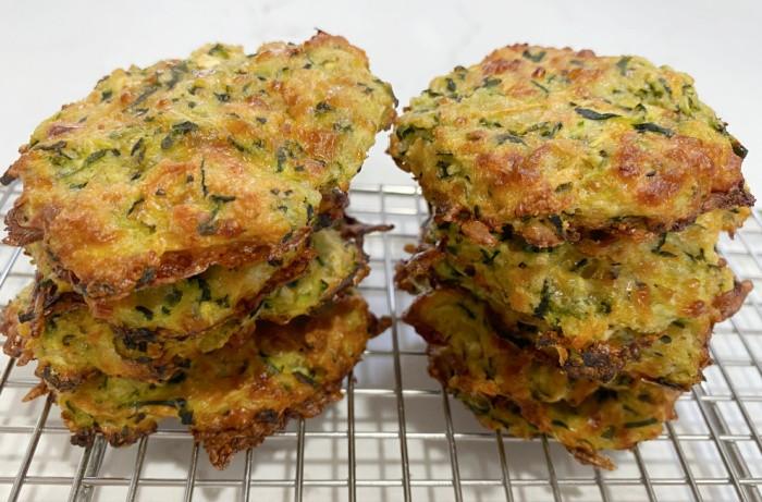 Easy Baked Cheesy Zucchini Bites