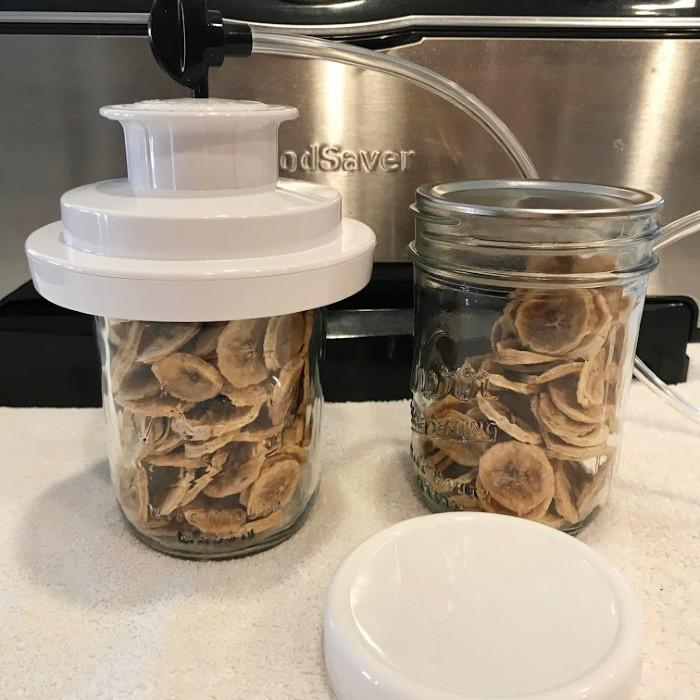 Storing Dehydrated Bananas